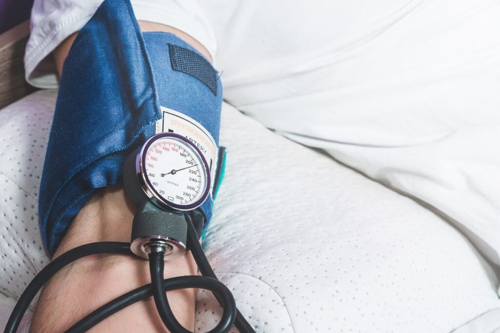 Principales cuidados ante la hipertensión y covid-19