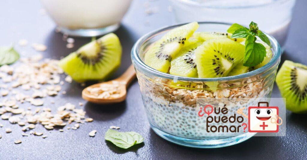 Yogur con avena, chía y kiwi